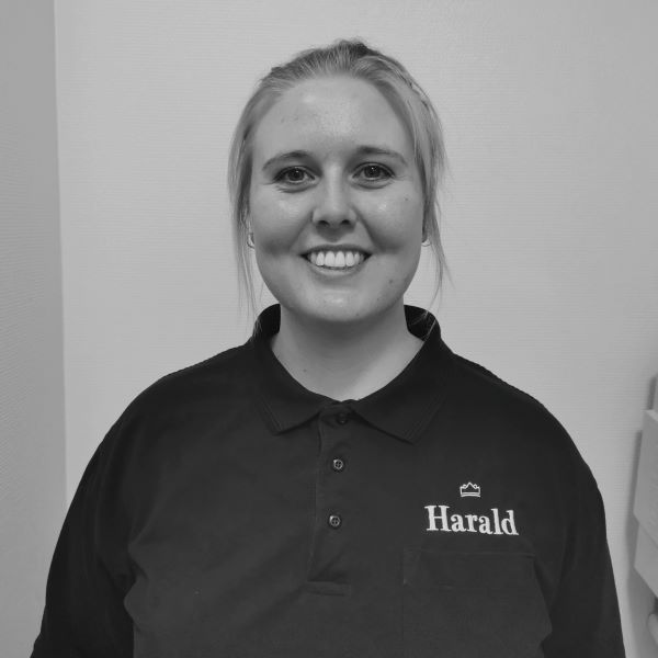 Tandplejer  Karoline Højmark