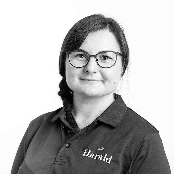 Tandlæge Boglarka Okos